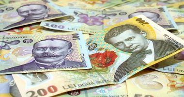Leul e în ofensivă pe toate fronturile valutare