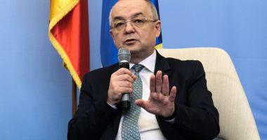 """Liberalul Emil Boc: """"Nu am și nici nu îmi doresc o funcție în PNL"""""""