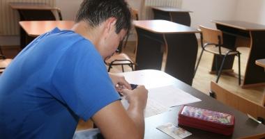 Modele de subiecte pentru examenele naţionale