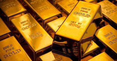 Un neamţ  a cumpărat  un dulap de bucătărie şi a găsit 3 lingouri de aur