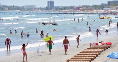 Premieră pe litoral: primul sezon estival de cinci luni