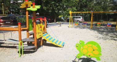 Noi locuri de joacă pe strada Adamclisi și pe strada Dionisie cel Mic