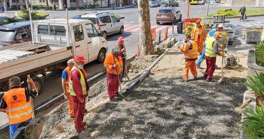 Lucrări în mai multe zone din Constanţa. Se refac trotuarele şi carosabilul