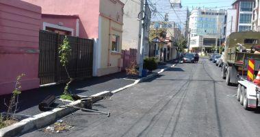Lucrări de asfaltare reluate în Municipiul Constanţa