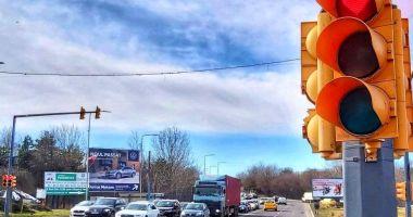 Luna dragostei, mai sigură cu semafoare tematice, la Constanța
