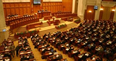 Taxa de solidaritate, respinsă de Camera Deputaţilor