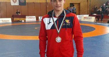 Luptător constănţean, medaliat cu aur la turneul internaţional din Bulgaria