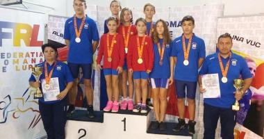Tinerii luptători constănţeni, laureaţii Campionatelor Naţionale