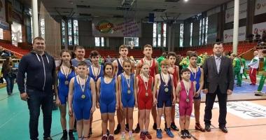 Luptătorii  de la CS Mangalia, laureaţi în Bulgaria
