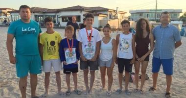 Luptătorii constănţeni, laureaţi pe nisipul de la Limanu