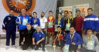 Luptătorii constănţeni şi-au pus adversarii cu umerii pe saltea, la Cupa României