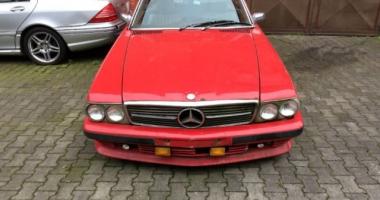 Mercedes-Benz SL 450 la doar 5.000 de euro. Să fie oare o investiţie rentabilă?