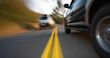 113 CONDUCĂTORI AUTO, DEPISTAȚI CU VITEZE DE PESTE 180 KM/H