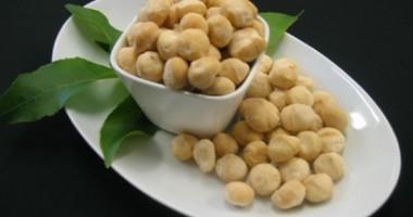 Uleiul de macadamia face minuni pentru pielea uscată