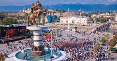 Macedonia, discuţii în paralel cu Grecia şi Uniunea Europeană