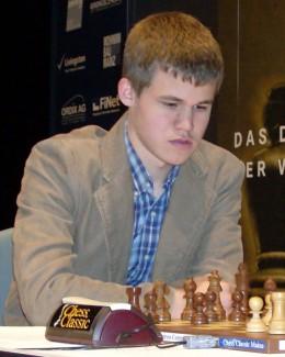 Povestea incredibilă a geniului Carlsen