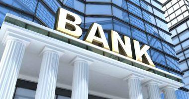 Majoritatea românilor nu au schimbat niciodată banca principală