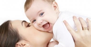 Parlamentul, decizie în privința indemnizației pentru creșterea copilului