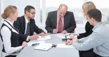 Managerii privesc cu încredere viitorul pe termen scurt al economiei
