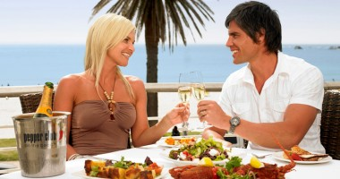 Mâncarea sănătoasă, percepută diferit de femei şi bărbaţi