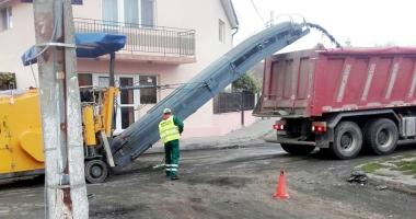 Primăria Mangalia a demarat programul de asfaltare  a mai multor străzi