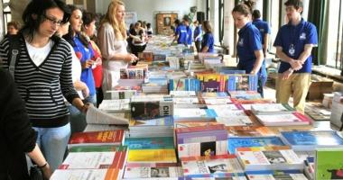 Manuale  şi programă şcolară noi pentru elevii de clasa a V-a. Începe  tipărirea cărţilor