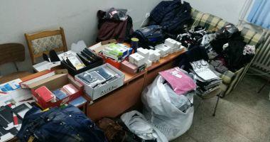 Mărfuri contrafăcute, confiscate de poliţiştii de frontieră