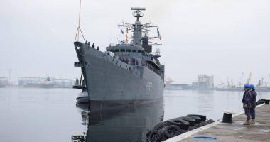 Marinarii militari, în marş de instrucţie pe Dunăre, cu escale în cinci porturi