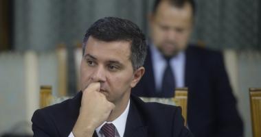 Ministrul Fondurilor Europene îl apără pe premierul Tudose