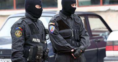 Percheziții într-un dosar de evaziune fiscală și spălare de bani; 28 de persoane au fost conduse la audieri