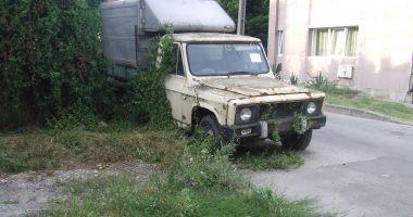 Mașinile abandonate, în atenția Primăriei Constanța