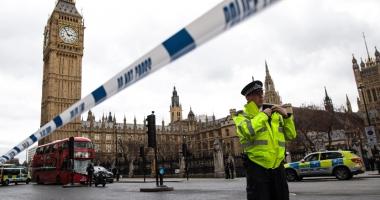 Noi măsuri antiterorism:  Parisul şi Londra vor să aibă acces la descifrarea convorbirilor dintre terorişti
