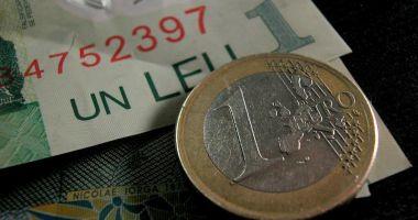 Prăbuşirea leului continuă: euro se apropie de pragul de 4,68 lei
