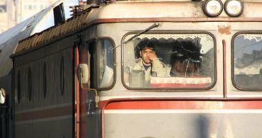 Mecanicii de locomotivă pichetează, mâine, Ministerul Transporturilor