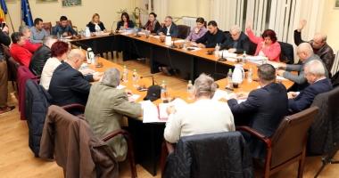 Aleşii locali din Medgidia, convocaţi la prima şedinţă din an