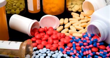 FIFA, îngrijorată de abuzul de medicamente antiinflamatorii