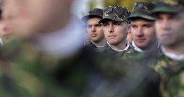 """""""Săptămâna cadeţilor"""", în şcolile militare de maiştri militari şi subofiţeri"""