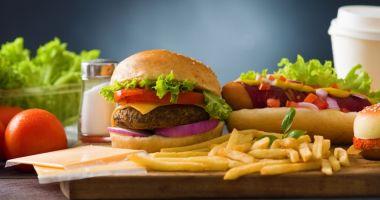 NEREGULI CU CARUL! Recomandări ANPC pentru cei care mănâncă fast-food