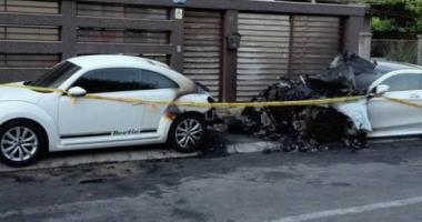 Mercedes  de peste 120.000 euro, incendiat  la Constanţa, după o reglare de conturi