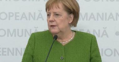 """Angela Merkel, la Sibiu: """"Am dovedit că în situații de criză ne ajutăm unii pe alții"""""""