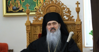 """Mesajul ÎPS Teodosie, la sfârșit de an: """"Biserica vă cheamă la înţelepciune  şi la bună chivernisire a timpului"""""""