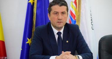 """Mesajul primarului Decebal Făgădău: """"Îi felicit pe câștigători"""""""