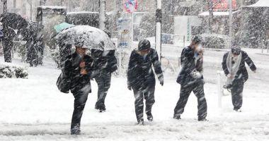 Alertă meteo! COD GALBEN de ninsori şi ploi însemnate cantitativ
