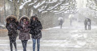 Veşti proaste de la meteorologi. 14 ore de cod portocaliu de ninsori puternic viscolite, astăzi, la Constanţa