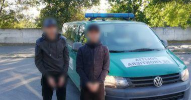 Prinşi de poliţiştii de frontieră din Constanţa, în timp ce voiau să intre ilegal în România