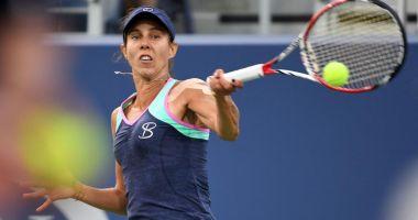 Tenis / Mihaela Buzărnescu, în optimi la Doha, după o victorie în faţa Jelenei Ostapenko