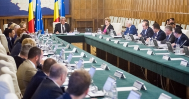 Tudose pregăteşte schimbări în Guvern? Ministrul Cucu, primul vizat