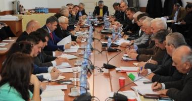 Ministrul agriculturii îi bagă în viteză pe directorii din structurile județene