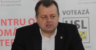 Mircea Banias şi-a prezentat raportul de activitate pe cei patru ani în Senatul României