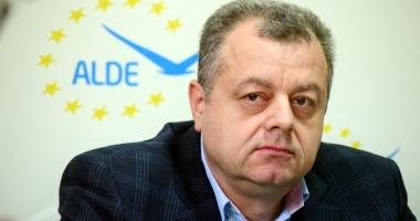 """Mircea Banias nu se teme de excludere. """"ALDE ar scade sub 5% reprezentare parlamentară"""""""